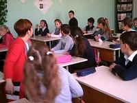 """27 октября в 1-11 классах состоялся единый урок, посвященный Дню Народного Единства! 11 ноября прошел фестиваль патриотической песни """"Моя Россия - моя страна""""!"""