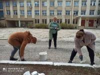 17.04.2021 сотрудники нашей школы приняли участие в общегородском субботнике.