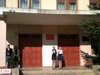14 апреля состоялась торжественная линейка, посвященная освобождению города Алушты, Крыма от немецко-фашистских захватчиков.